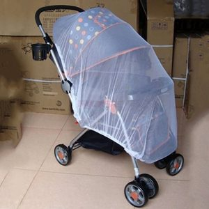 6d23986340 Bluelans® Universal Insektenschutz / Mückennetz für Kinderwagen, Buggy,  Jogger und Reisebett | idealer Schutz vor Wespen & Stechmücken dank feinem  ...